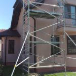 Pojazdné lešenie pre rekonštrukciu podbitia strechy RD v Limbachu