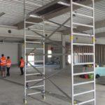 Pojazdné lešenie pre montáž SDK, nákupné centrum Trnava